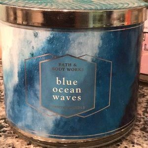 Bbw blue ocean waves candle